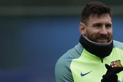 """""""Гаучосите"""" с Меси, Агуеро и Игуаин в атака срещу Чили"""