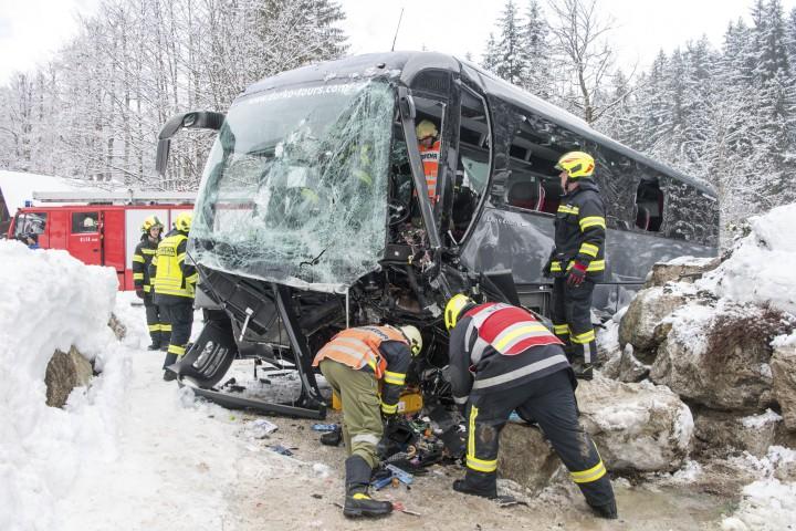 Според Червения кръст при произшествието са пострадали 36 човека. Хърватският