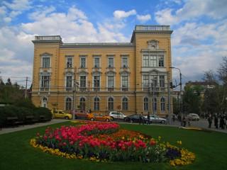 Tosheto83@abv.bg | Сградата на Централния военен клуб | 9 харесвания