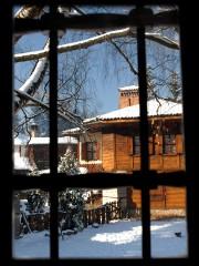 Ilianamaleva | През прозореца | 15 харесвания