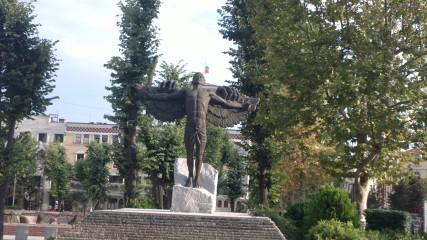 Fau1@abv.bg | статуята на завистта | 4 харесвания